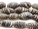 Matte Black & White Feather Ellipsoid Glass Beads 19-22mm (JV232)