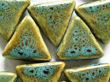 Triangle 28mm - Glazed Turquoise Porcelain Beads (PO311)