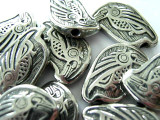 Raven Perched - Northwest Totem - Pewter Bead/Talisman (PWT17)
