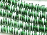 Green w/White Swirl Irregular Round Glass Beads 6-8mm (JV1084)