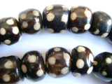 Large Batik Bone Beads w/Polka Dots 20-25mm - Kenya (BA23)