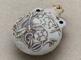 Dragonfly & Flowers Ceramic Cork Bottle Pendant 38mm (AP1833)
