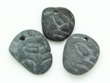 Mayan Carved Stone Pendant 22-28mm (GUA485)