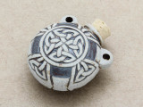 Celtic Knot Ceramic Cork Bottle Pendant 35mm (AP1893)
