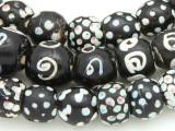 Black Skunk Glass Beads - Africa (RF816)