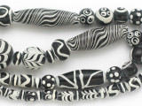 Assorted Black & White Glass Beads 8-46mm (JV1297)