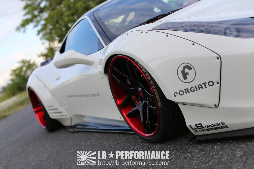 Ferrari 458 Italia Liberty Walk Body Kit