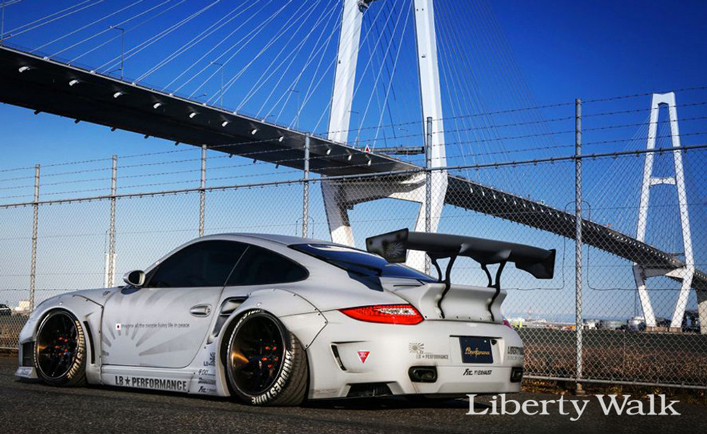 Porsche 997 Liberty Walk Bodykit