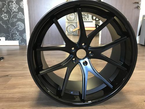 Ferrada FR2 Alloy Wheels Matt Black Gloss Black Lip Range Rover Sport