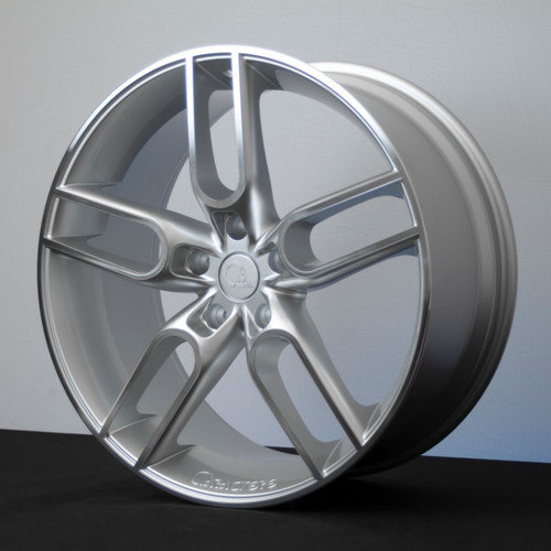 """22"""" Caractere CW1 Alloy Wheels Silver Polished Face"""