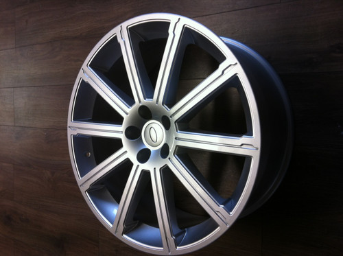 "22"" Alloy Wheels & Tyres Range Rover 2012"