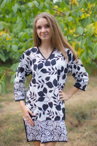 """Sun and Sand"" Beach Tunic in Classic White Black pattern"