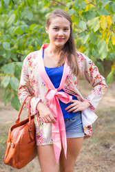 """Bow and Me"" Kimono jacket in Floral Posy pattern"