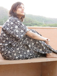 """Organic Au Naturelle"" Cinched Drawstring kaftan in Black White Floral Pattern"