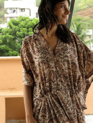 """Organic Au Naturelle"" Cinched Drawstring kaftan in Cream Black Paisleys Pattern"