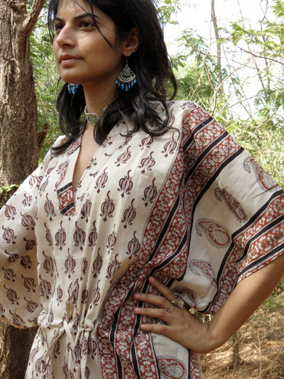 """Organic Au Naturelle"" Cinched Drawstring kaftan in Cream Paisley Border Pattern"