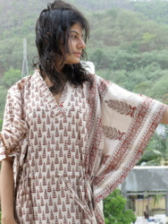"""Organic Au Naturelle"" Cinched Drawstring kaftan in Cream Red Leaves Pattern"
