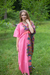 """Unfurl"" kaftan in Cheerful Paisleys pattern"