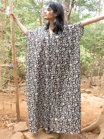 """Organic Au Naturelle"" Button-Front kaftan in Black Floral Leafy pattern"