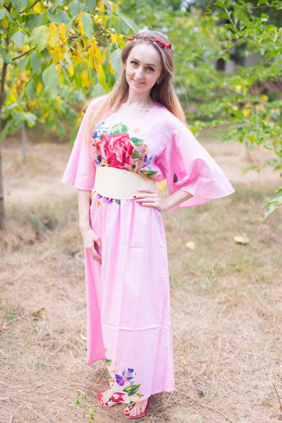 """Beauty, Belt and Beyond"" kaftan in One Long Flower pattern"