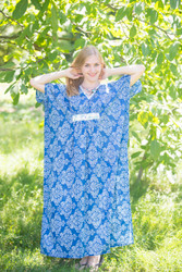 """Unfurl"" kaftan in Damask pattern"