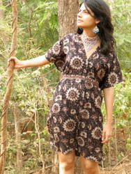 """Organic Au Naturelle"" Button-Front kaftan in Black Cream Floral pattern"