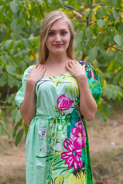 """Cut-out Cute"" kaftan in Jungle of Flowers pattern"