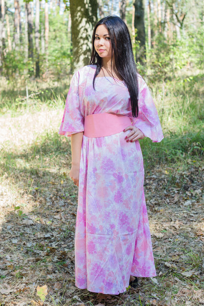 """Beauty, Belt and Beyond"" kaftan in Ombre Fading Leaves pattern"