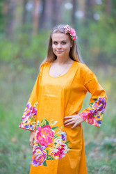 """The Unwind"" kaftan in One Long Flower pattern"