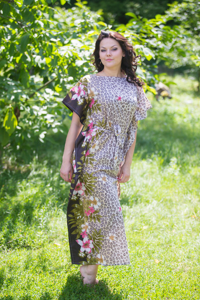 """Divinely Simple"" kaftan in Fun Leopard pattern"