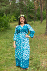 """Button me down"" kaftan in Chevron Dots pattern"