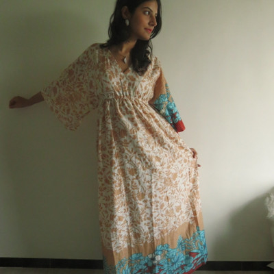 """I wanna Fly"" kaftan in Falling Leaves pattern"