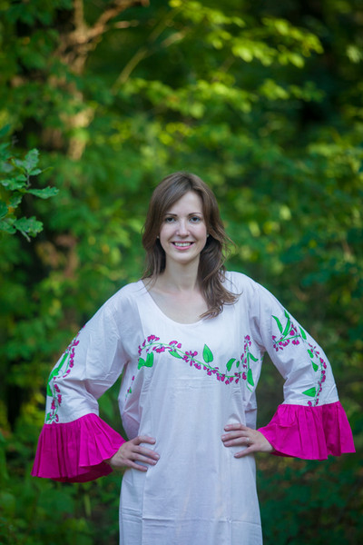 """Frill lovers"" kaftan in Climbing Vines pattern"