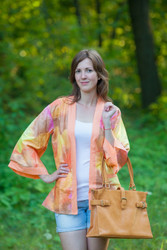 """Street Style"" Kimono jacket in Batik Watercolor pattern"
