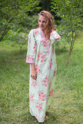 """Simply Elegant"" kaftan in Faded Flowers pattern"
