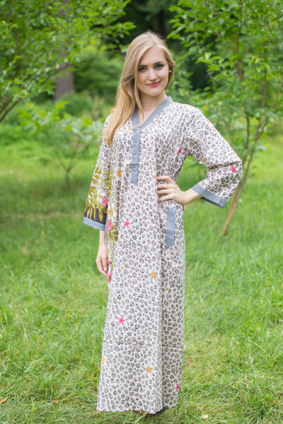 """Simply Elegant"" kaftan in Fun Leopard pattern"