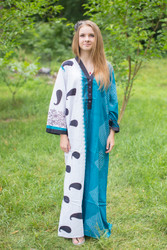 """Simply Elegant"" kaftan in Perfectly Paisley pattern"