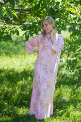 """Charming Collars"" kaftan in Faded Flowers pattern"