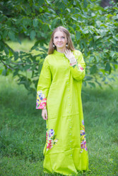 """Charming Collars"" kaftan in One Long Flower pattern"