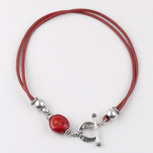 Versatile burnished silver plated and red leather necklace. Length: 45 cm
