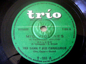 UNA DAMA Y SUS CABALLEROS Trio 1 LATIN 78 MIL VIOLINES
