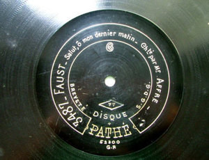 AGUSTARELLO AFFRE Etched PATHE 3487 78rpm GOUNOD