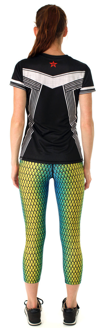 INKnBURN Women's California Tech Shirt & Serpent Capris