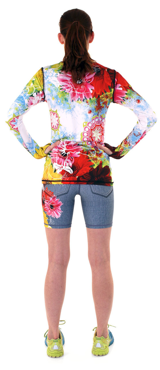 "INKnBURN Women's Wildflower 6"" Shorts and Wildflower Pullover"