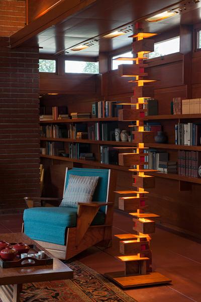 frank-lloyd-wright-taliesin2-taliesin-floor-lamp-rosenbaum-chair.jpg