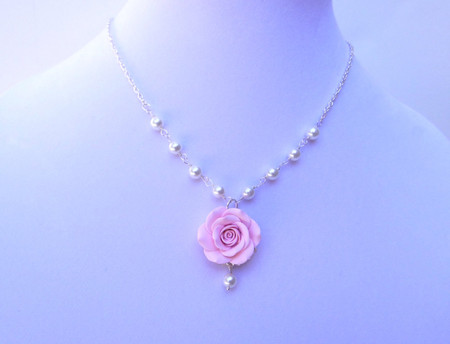 Hannah Centered Necklace in Light Pink Rose with Pearls