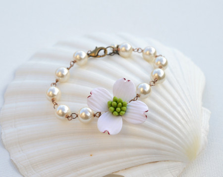 Andrea Link Bracelet in White Dogwood with Pearls