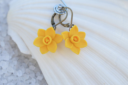 Golden Yellow Daffodil Simple  Dangle Earrings.