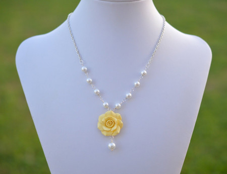 Hannah Centered Necklace in Yellow Shade Rose with Pearls