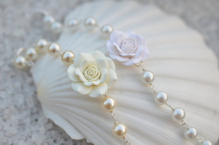 Aaliyah Link Bracelet in  Ivory or White Rose with Pearls